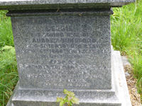 The inscription on Captain Dunsford's gravestone.