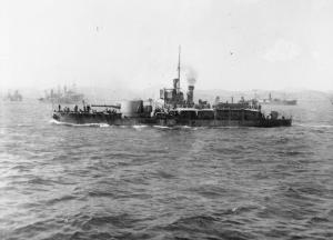 HMS_M15_at_Mudros_1916_IWM_SP_891